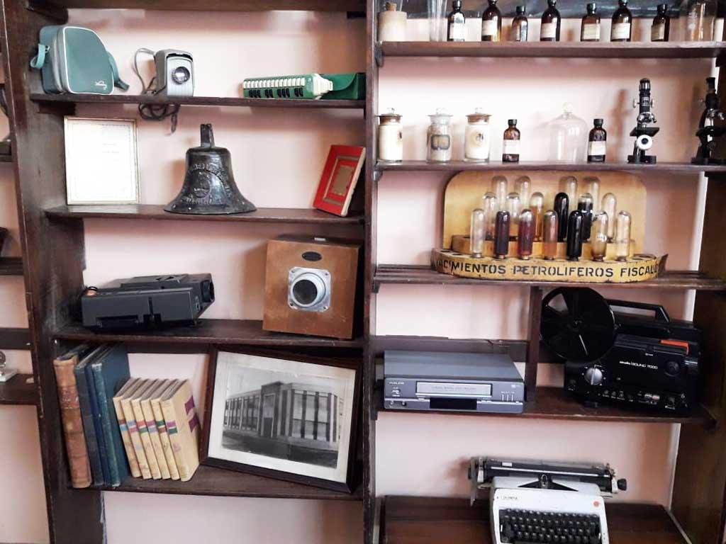 La Escuela Nº8 tiene su museo de elementos antiguos