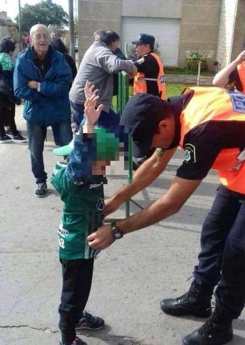 Martello tomó intervención ante cacheos policiales a niños en espectáculos deportivos