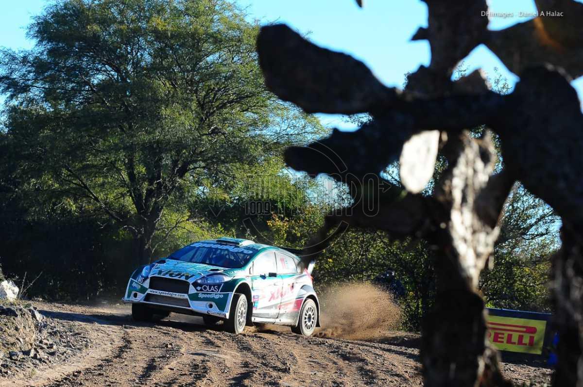 """Rally Argentino: Villagra y un """"poncho"""" que siempre le queda bien;"""