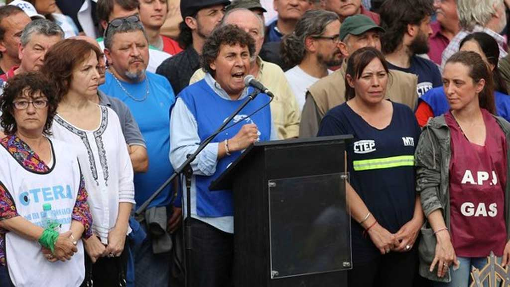 """Micheli advirtió que """"o se cae este modelo económico o estos tipos dejan el gobierno"""