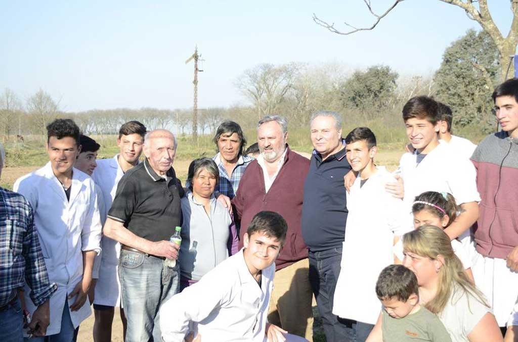 Alessandro inauguró el camino de acceso a Berdier