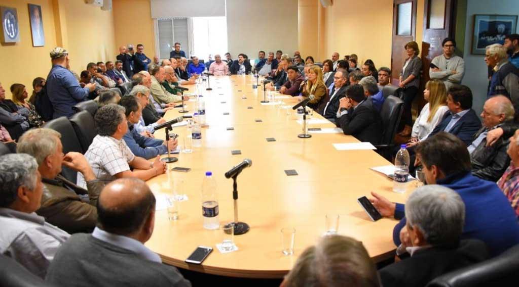 Descalzo reclama una Mesa de Diálogo Multisectorial en la Provincia