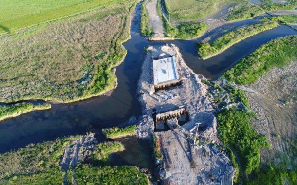 Avanza la construcción del puente en Saladillo de La Vuelta