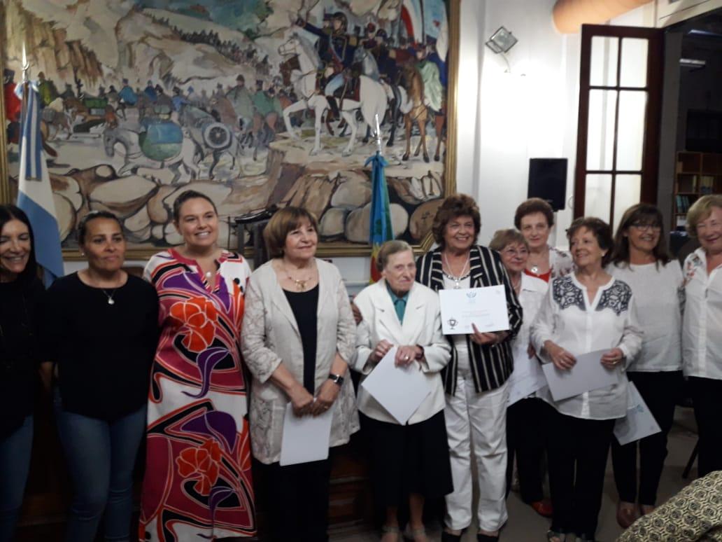 Se realizó la entrega de reconocimientos de la Comisión de Cultura del HCD