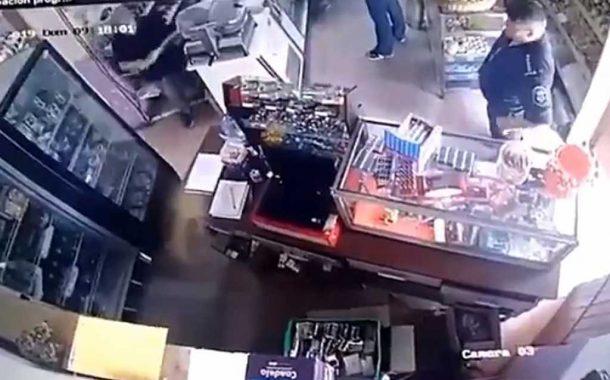 Agustín Roca: Pidieron desafectar a un efectivo policial que robó un atado de cigarrillos