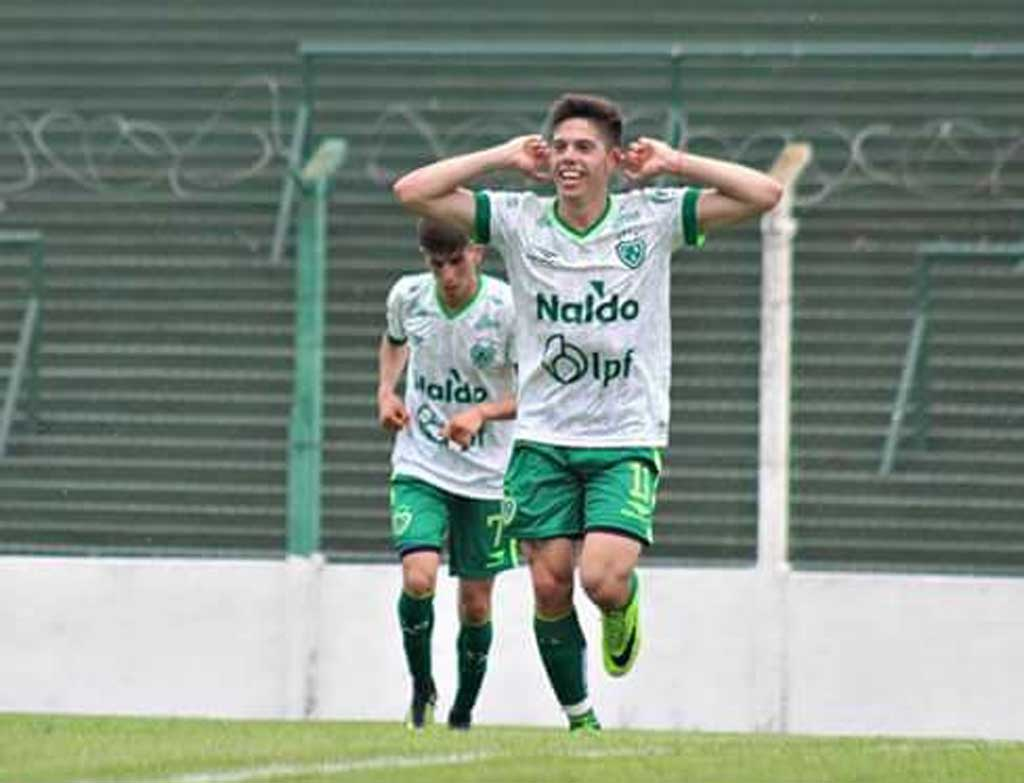 Benjamín Borasi se perfila para ser titular, el fin de semana, en Sarmiento