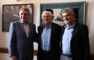 El PJ bonaerense se reúne con Pino Solanas para sumarlo a un frente opositor