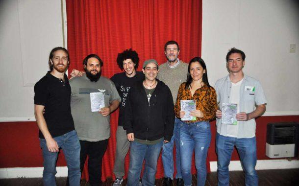 """Amir Abdala presentó su novela """"El vértigo de la felicidad"""" en el CC Ernesto Sabato"""