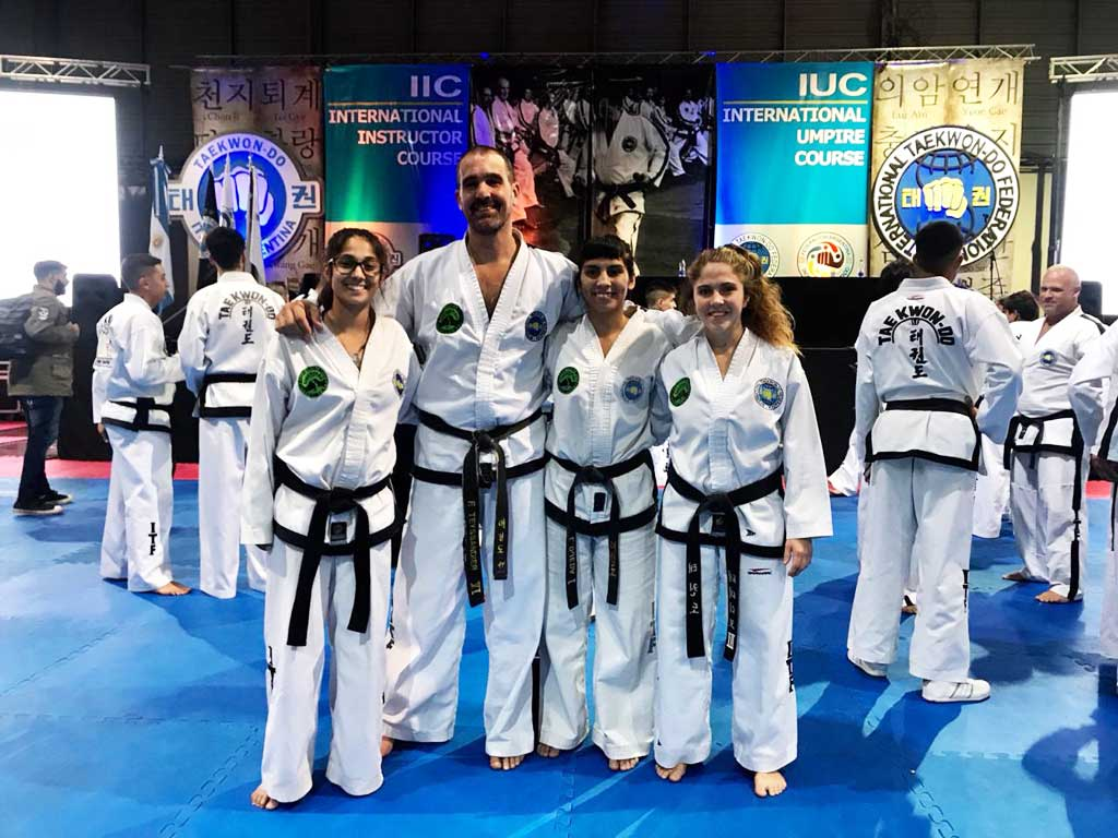 La Escuela Regional de Taekwon-do participó de curso internacional de instructores