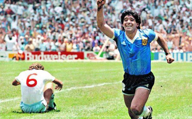 Maradona, estrella invitada en Cannes por la presentación de un documental sobre su vida