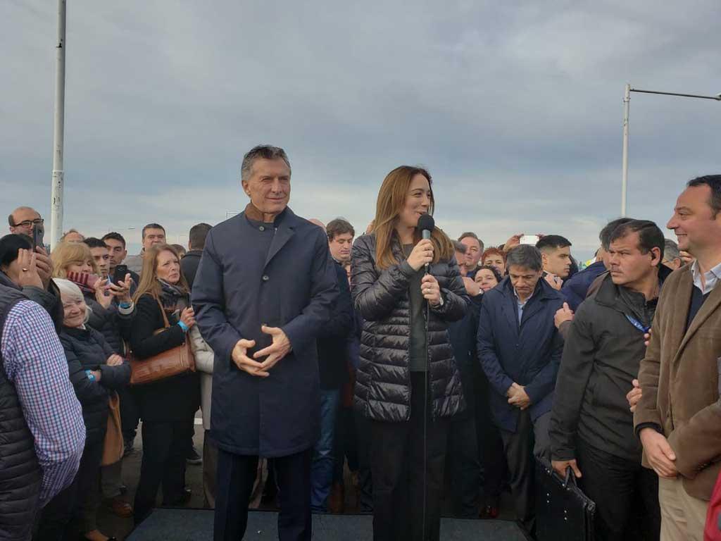 Macri y Vidal inauguraron un tramo de la ruta 7