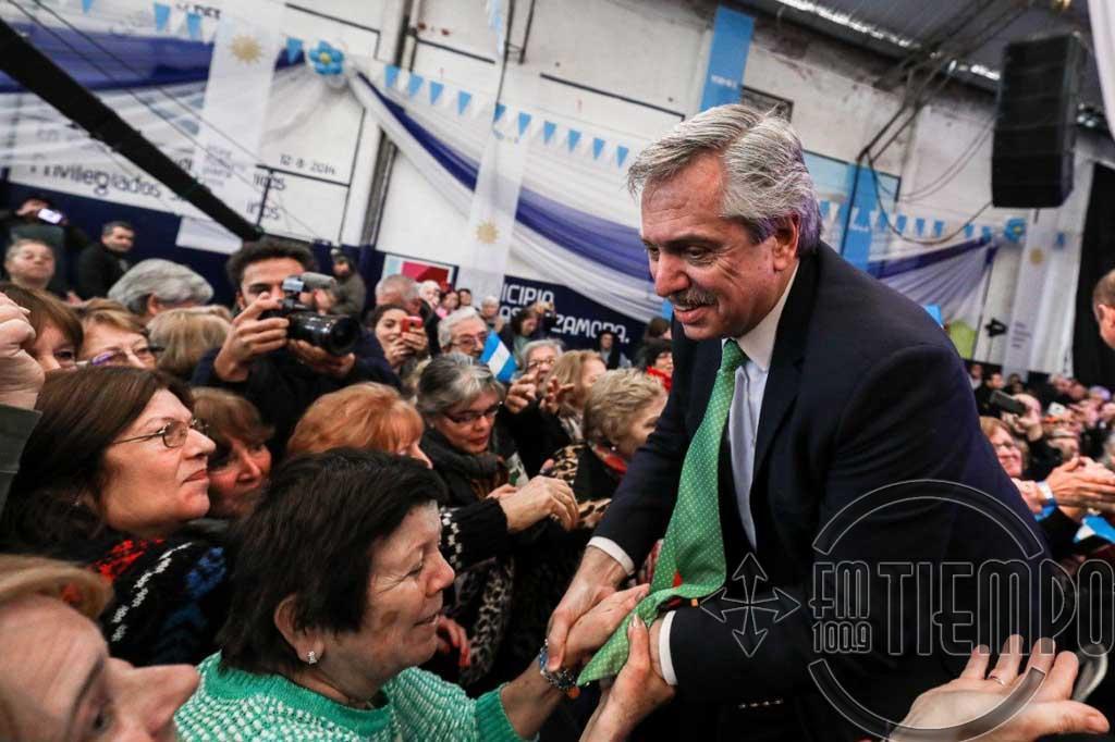 """Alberto Fernández advirtió que """"el gobierno tiene que gobernar y nosotros somos oposición"""