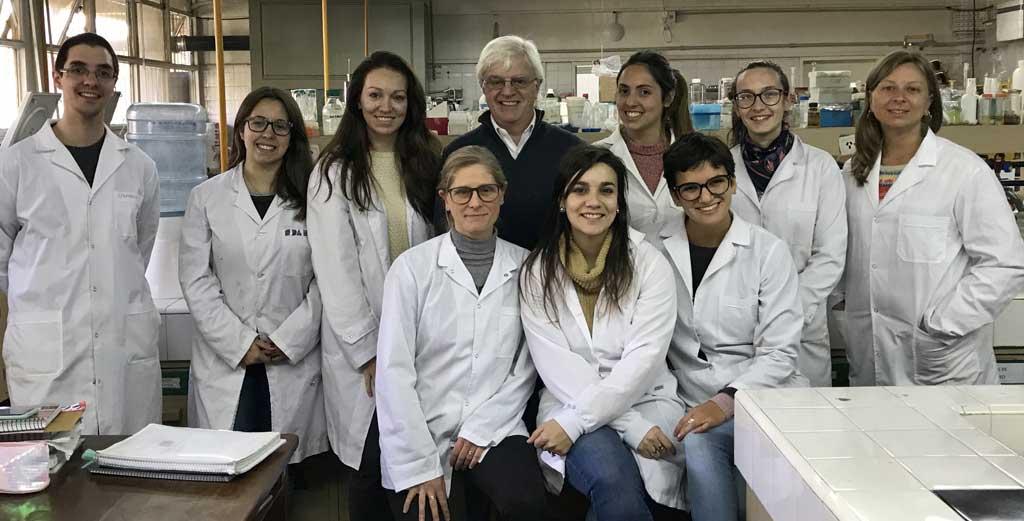 La UBA desarrolla un laboratorio biotecnológico para pymes semilleras