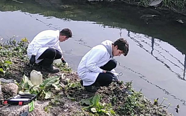 Escuela y universidad juntas para tratar aguas contaminadas