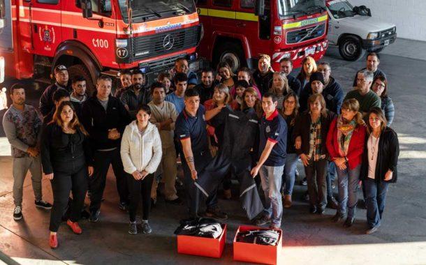 Alumnos del programa Aprender Más entregaron trabajos solidarios a la comunidad de Rojas
