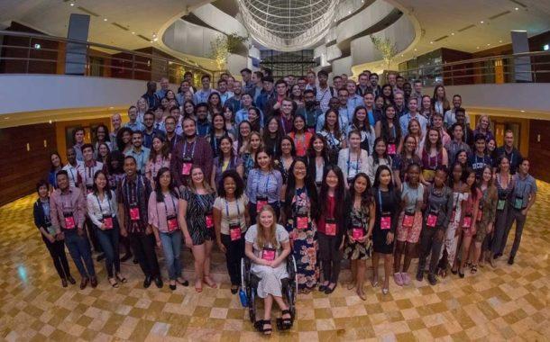 Jóvenes unidos para alimentar a un planeta con una población en constante crecimiento