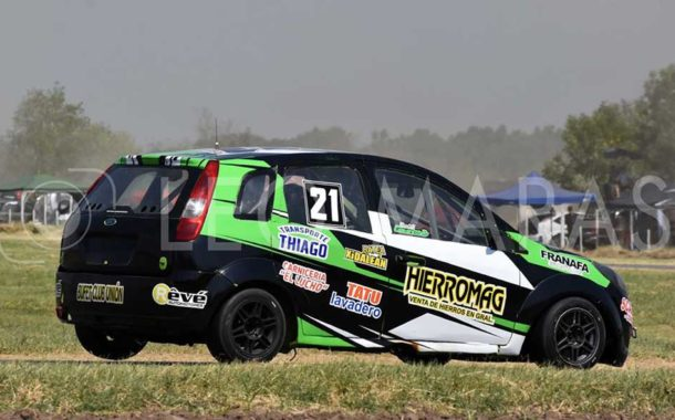 Automovilismo zonal: Camarasa ganó en Colón