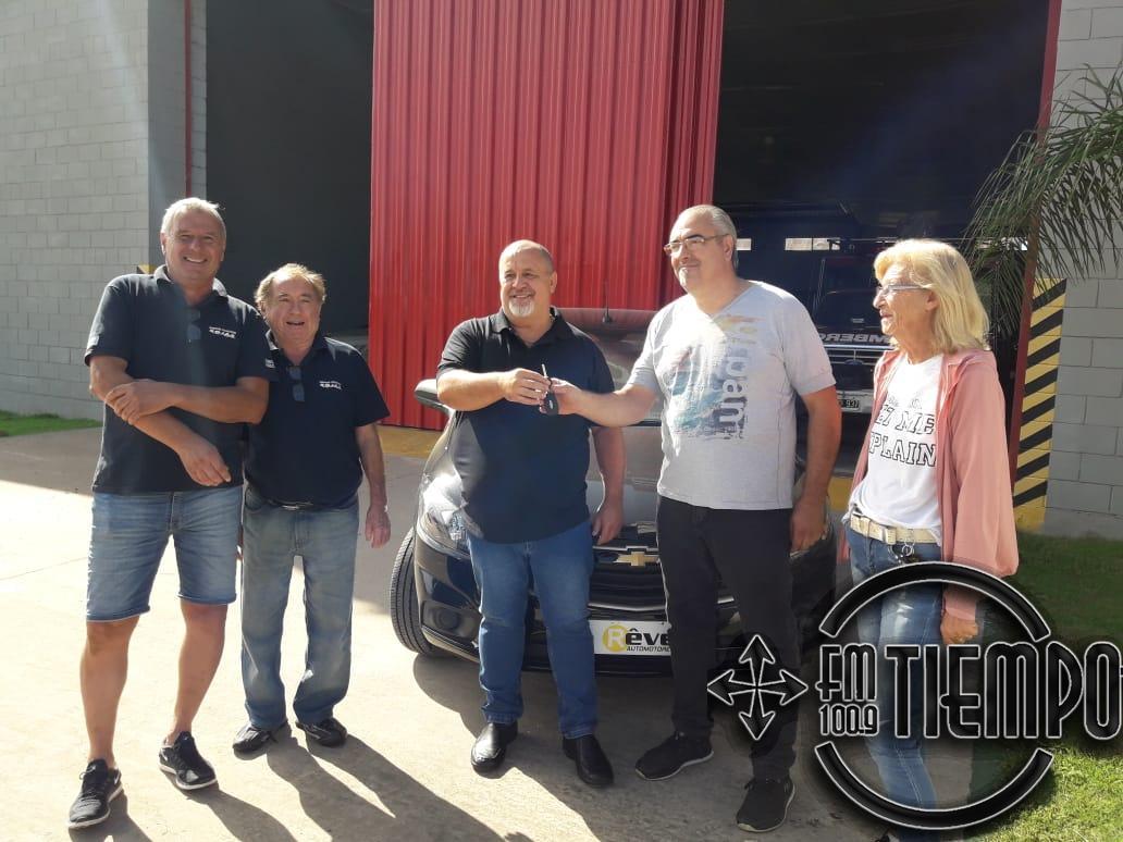 Daniel Ravagnan ganó el auto de la rifa de los Bomberos Voluntarios