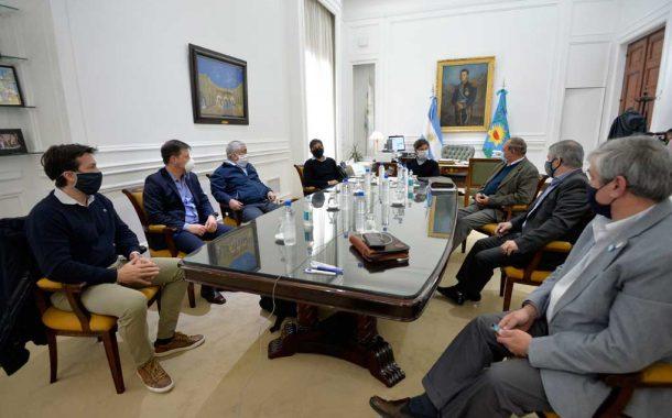 Kicillof con intendentes de la región
