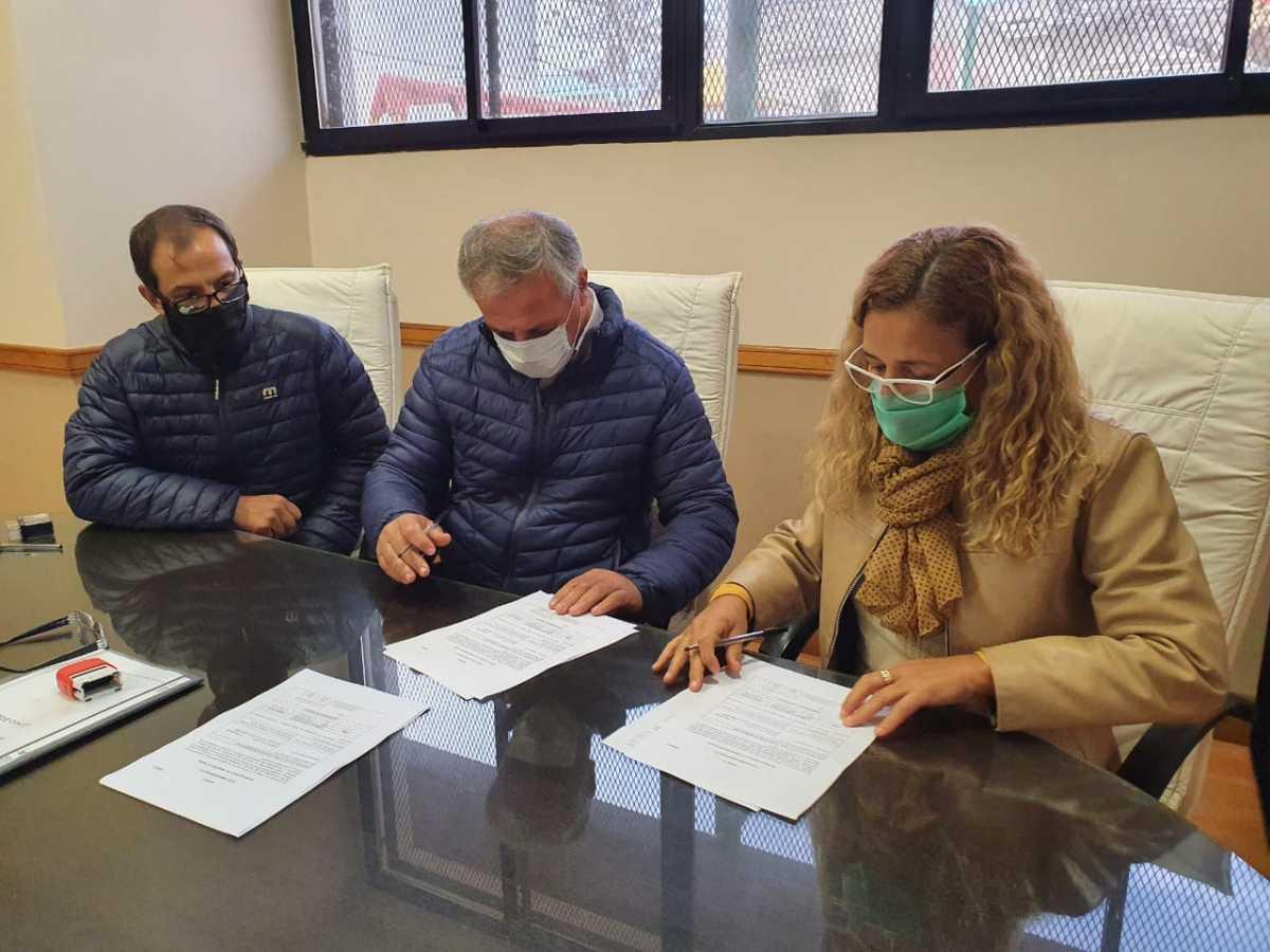 Firmaron un acta complementaria para realizar obras en la Escuela Técnica N1