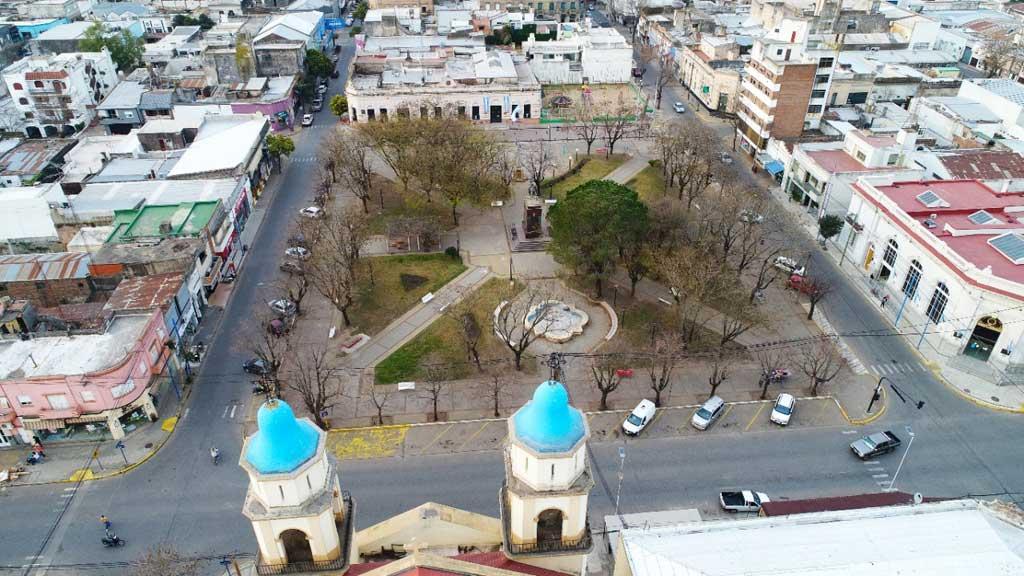 Inició el reemplazo de especies arbóreas en la Plaza San Martín