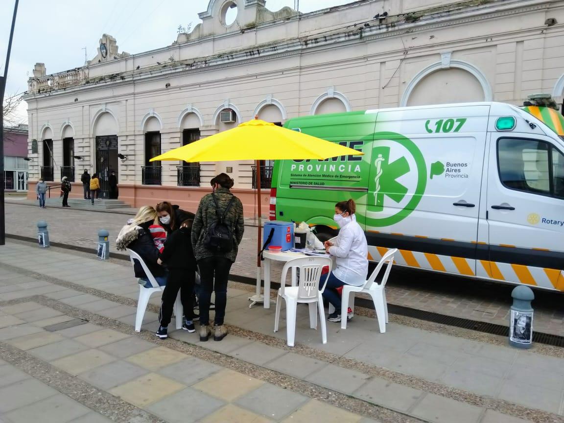 Jornada de vacunación antigripal en la Plaza San Martín