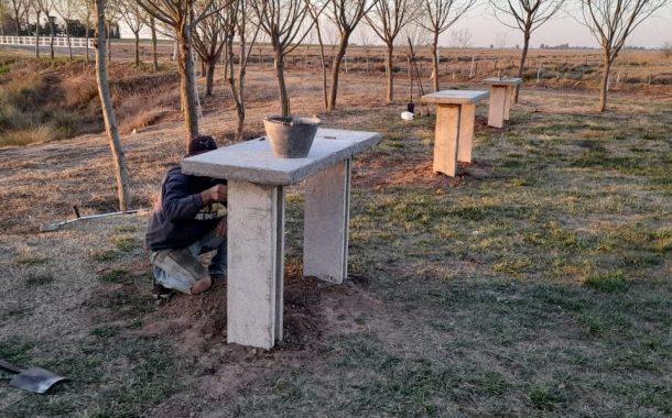 Mobiliario urbano en zonas ribereñas de Rafael Obligado
